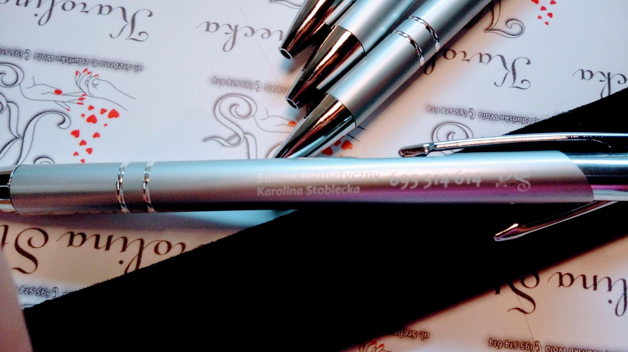 Długopis z grawerem, etui, projekt gratis
